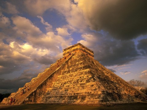 Ancient-Mayan-Ruins_-Chichen-Itza_-Mexico